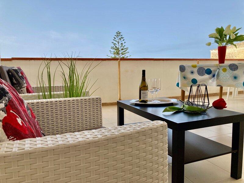 Cozy Beach Apartment 100 metres from the beach, Alcamo Marina, Sicily, Italy, holiday rental in Alcamo