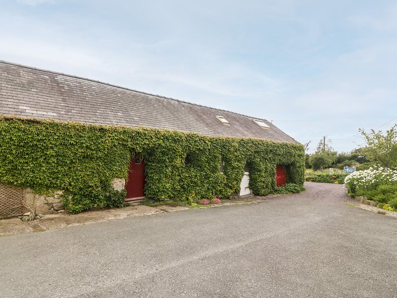 Llofft Yr Yd, Dinas Dinlle, vacation rental in Groeslon