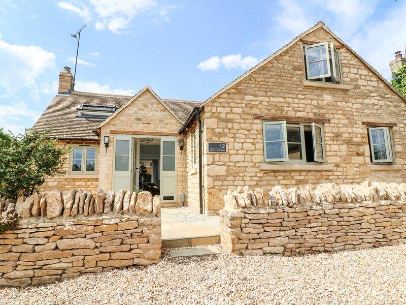 12 Manor Farm Close, Kingham, location de vacances à Nether Westcote