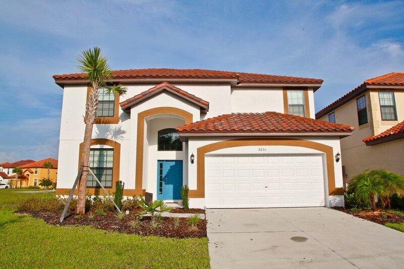 Door,Roof,Building,Grass,House