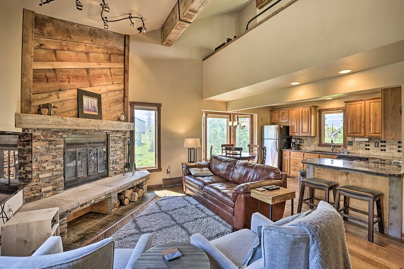 Fraser Vacation Rental   3BR   3BA   1,150 Sq Ft   3 Stories w/ Interior Stairs