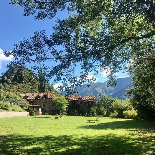 Nice apartment with mountain view, alquiler vacacional en Senterada
