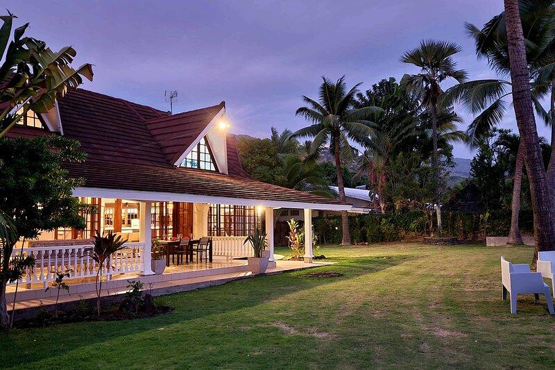 Villa Auralite, location de vacances à Cook's  Bay