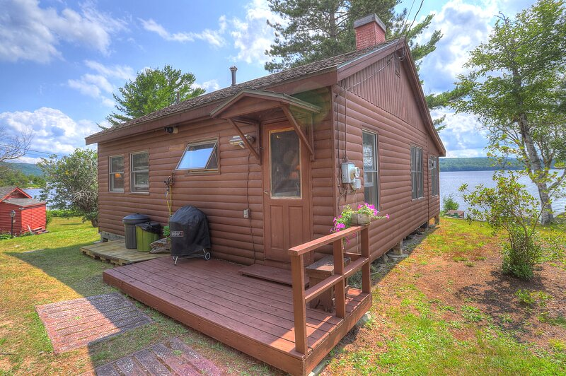 Four Loons, vacation rental in Oquossoc