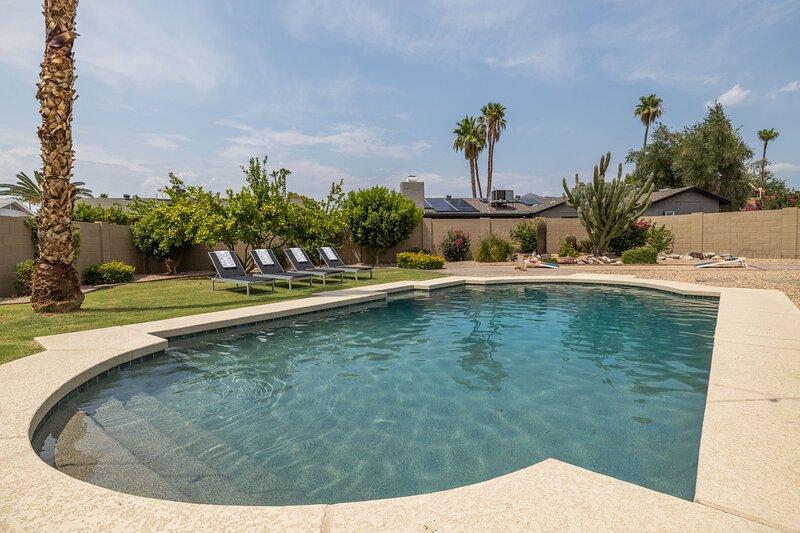 Scottsdale Sahuaro - a SkyRun Phoenix Property - A Private, backyard haven with sparkling swimming pool