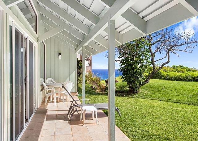 Kauai vacation rentals | Kamahana 23 | shaded lanai