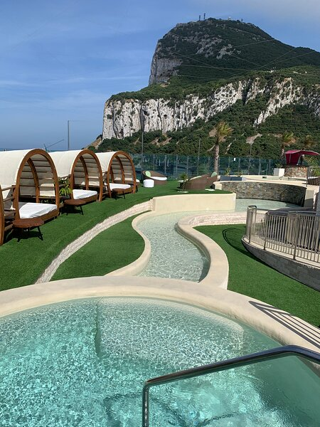 Modern Studio Ocean Spa Plaza - Pools & Spa, casa vacanza a Sandy Bay