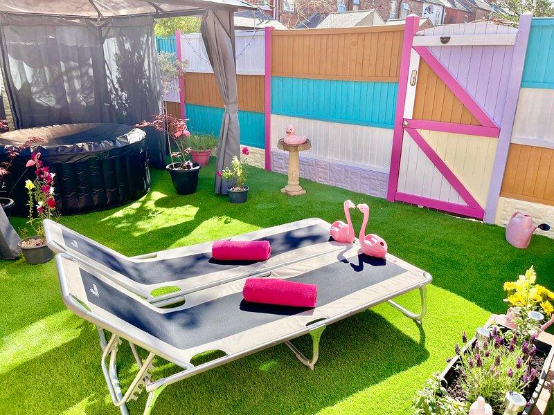 Dazzling clean & cosy flat with private garden, hot-tub & gazebo!!!!!, location de vacances à Gainsborough