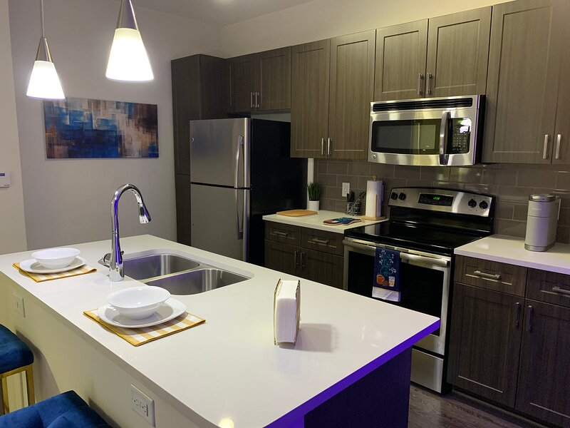 Cozy 1BR 1B Blue Retreat, holiday rental in Scottdale