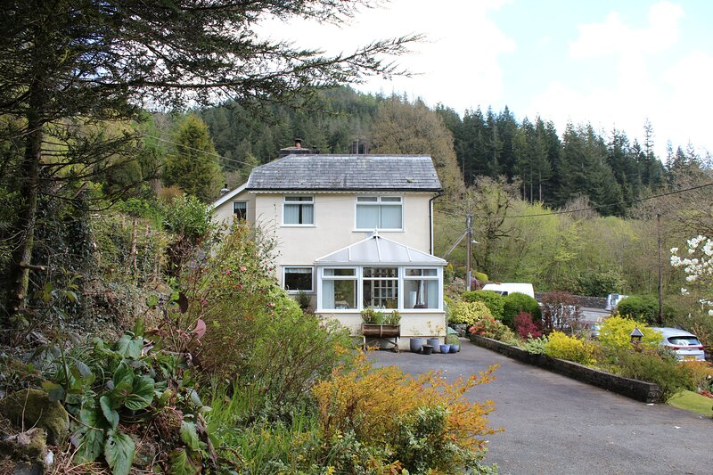 Eagles View House, 3 Bedroom Private Cottage, Betws-y-coed, holiday rental in Capel Curig