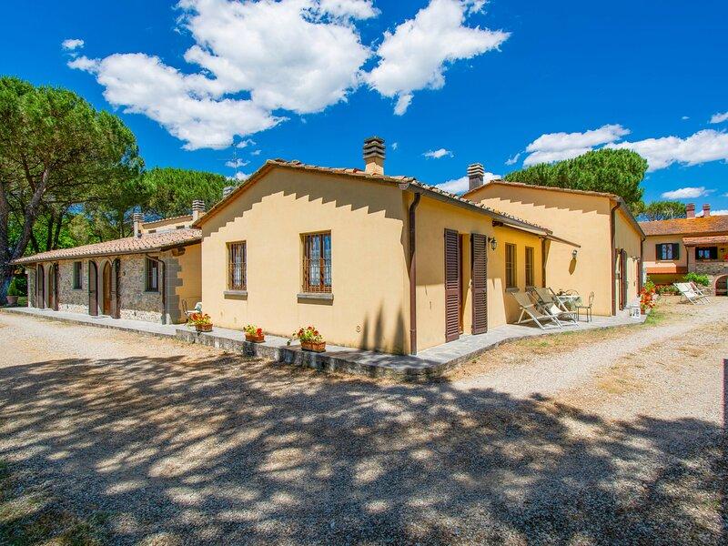 Cedri Alti (BUC172), casa vacanza a Badia Agnano
