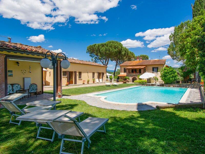 Cedri Alti (BUC173), casa vacanza a Badia Agnano
