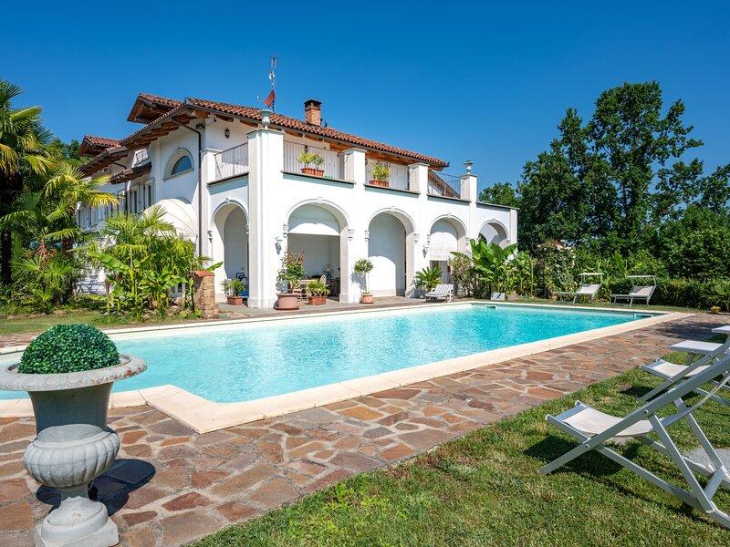 Villa Gaia (MTF250), casa vacanza a San Paolo Solbrito