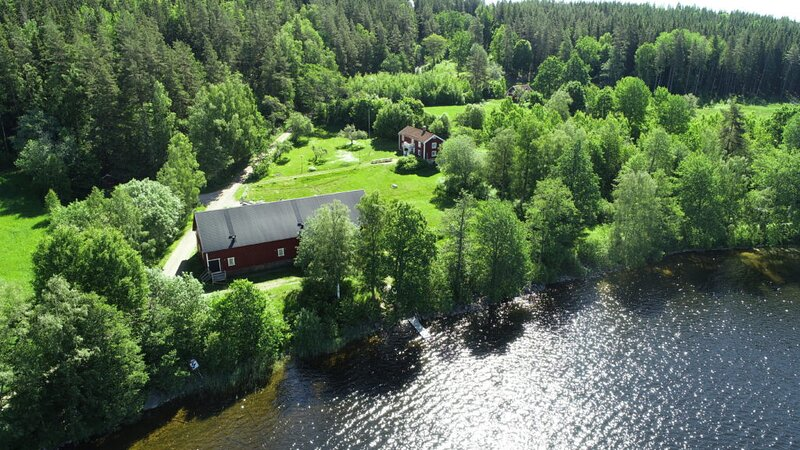 Little cottage by the lake, vacation rental in Bodafors