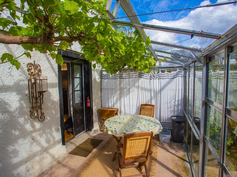 The Grain Store, holiday rental in Foyers