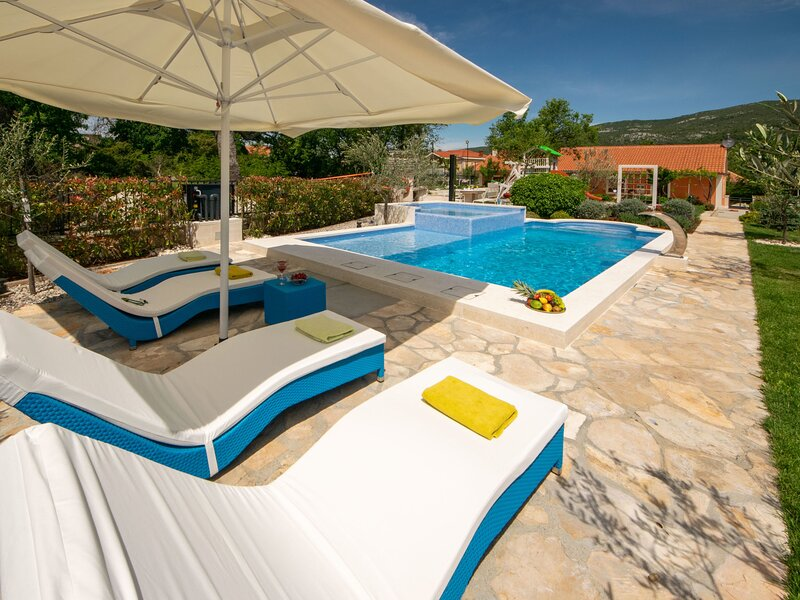 Villa Dalmatica moderna, location de vacances à Prapatnica