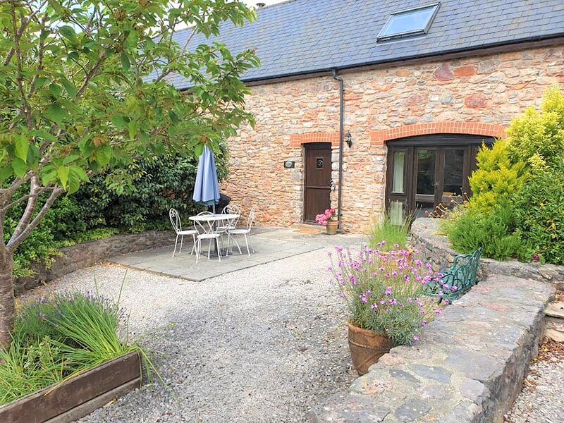 Holiday Cottage & Pool in beautiful South Devon, holiday rental in Staverton