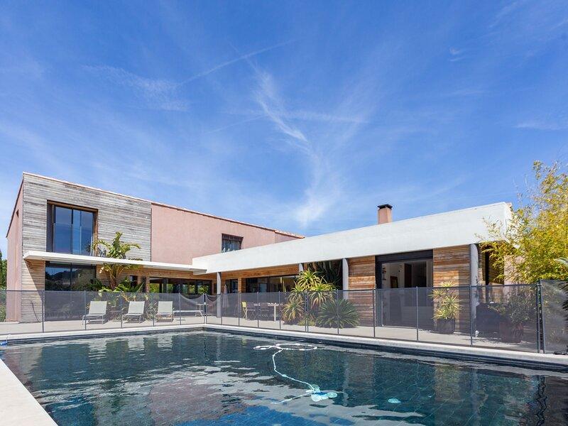 Villa K-BRO, location de vacances à Carqueiranne