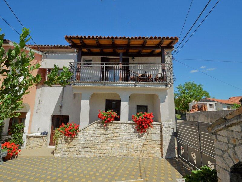 Milka 2 (ROJ316), holiday rental in Foli