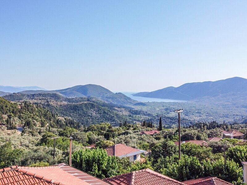 Apartment La Olga Lefkada, beautiful views over Vassiliki Bay, holiday rental in Apollonii