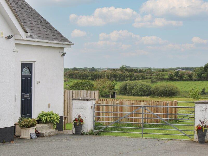 LLAIN MAI, WiFi, romantic retreat, in Llangefni, casa vacanza a Bodffordd