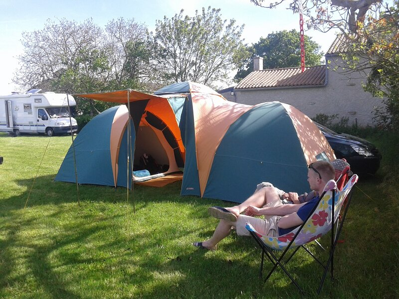 Les prairies de pacouinay, camping chez l'habitant., holiday rental in Oulmes