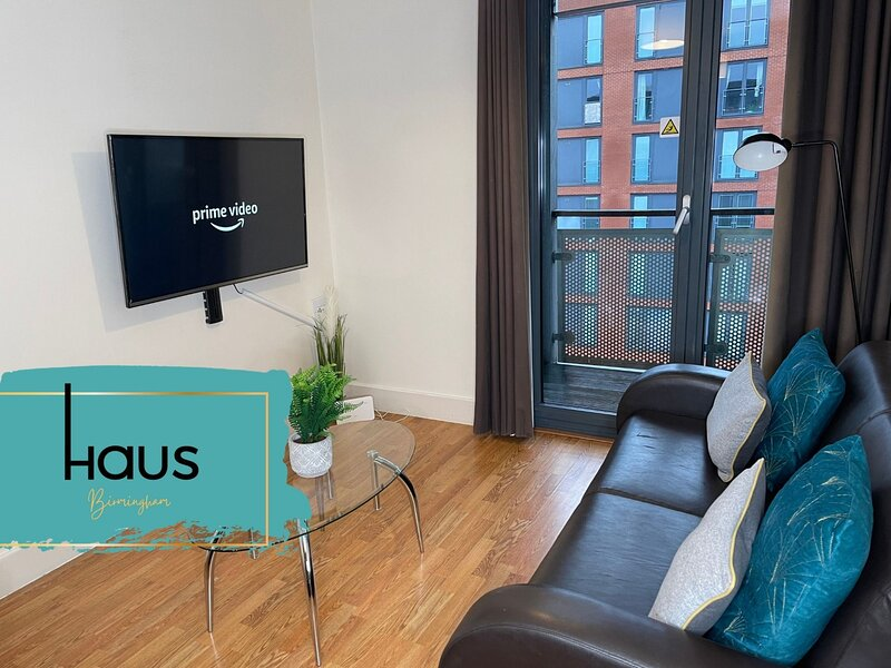 Haus Apartments City Center Arcadian 2Bed - Parking & Balcony, holiday rental in Digbeth