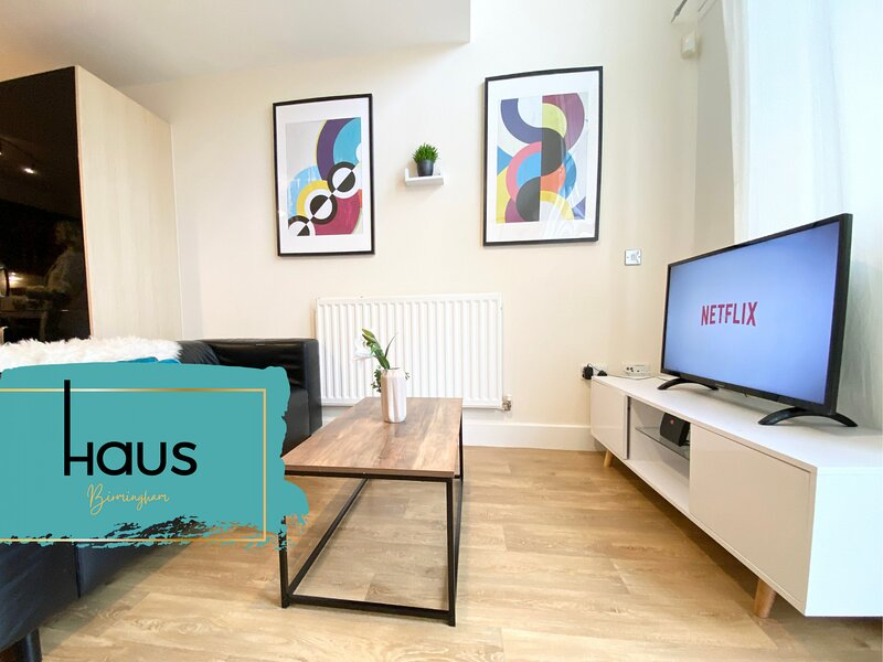 Haus Apartments City Centre 1 Bed with Parking, holiday rental in Digbeth