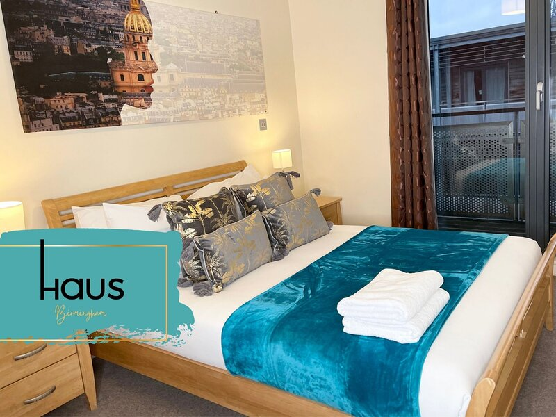 Haus Apartments City Centre 2 Bed with Parking & Balcony, holiday rental in Digbeth