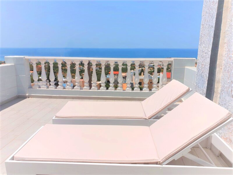 Private Premium Studio for A Pleasant Holiday In A Beautiful Place with pool Ac, casa vacanza a Koutouloufari