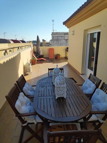 ÁTICO-CENTRO-TERRAZA 60 M2, location de vacances à Sanlucar de Barrameda