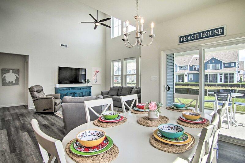 NEW! Bright Bishops Landing Home < 5 Mi to Beach!, holiday rental in Millsboro
