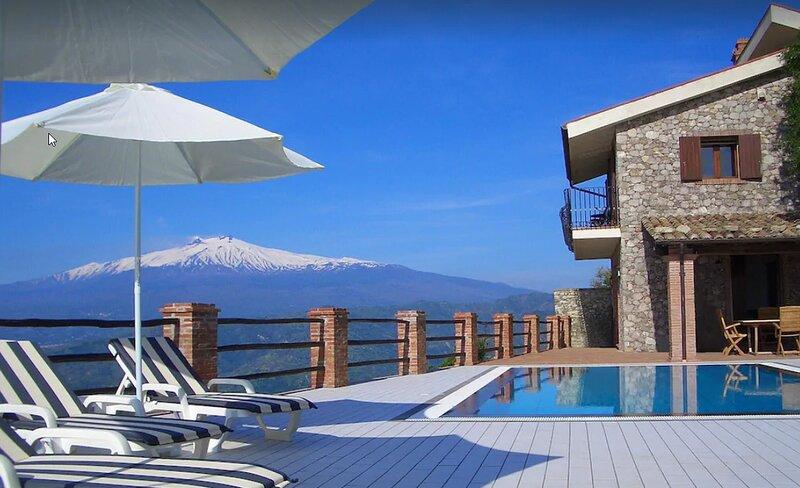 Villa Etna Mare, vacation rental in Graniti