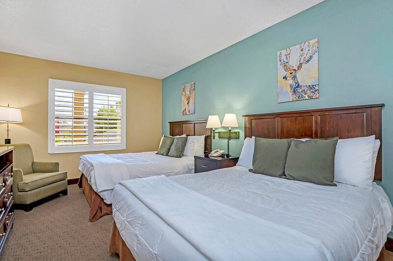 Near Disney- 1BR with Two Queen Beds -  Pool and Hot Tub!, casa vacanza a Windermere