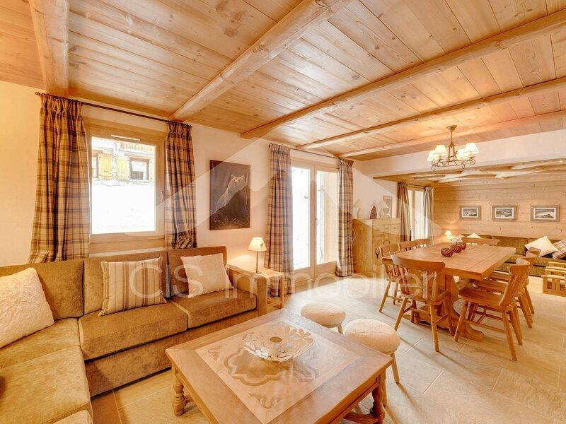 Spacieux appartement de charme 4 pièces pour 6 personnes à Méribel Mottaret, vacation rental in Meribel Mottaret