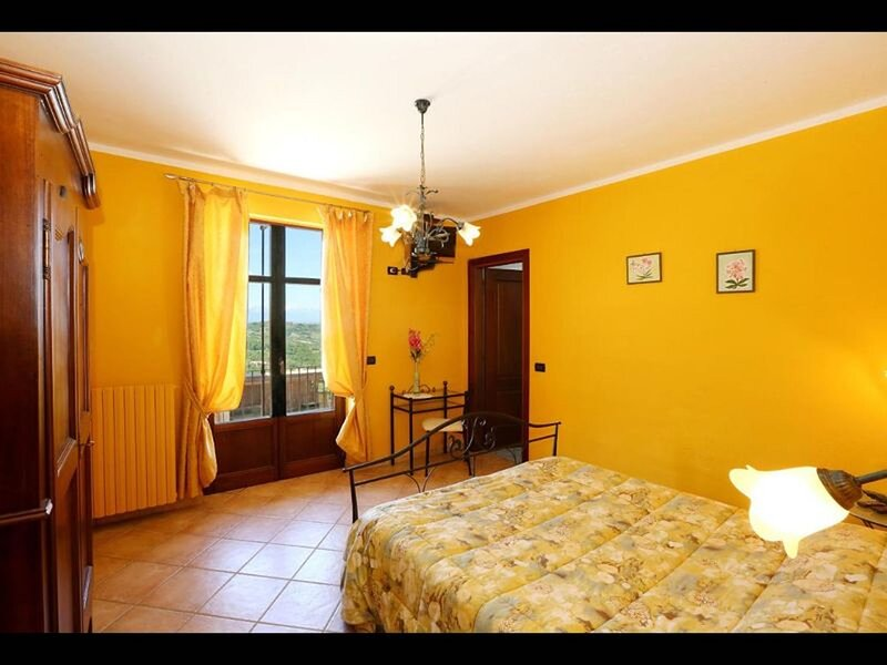 Agriturismo Al Brich Double Room with Breakfast, holiday rental in Montelupo Albese