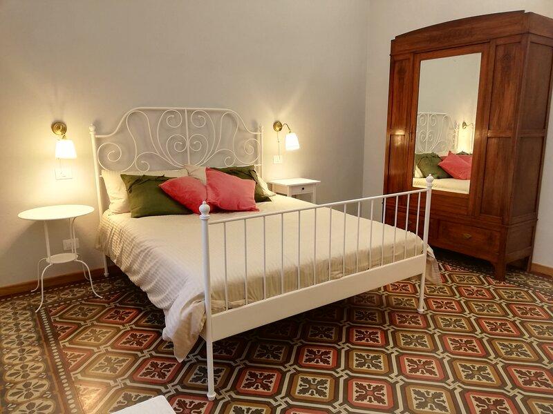 Casa Ridolfi Pisa - Holiday Home una terrazza in centro sui giardini di Pisa, holiday rental in Riglione