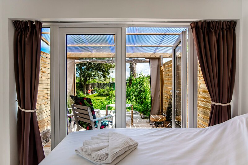Forest and Ocean - Perfect couple of friends getaway, holiday rental in Bloemendaal