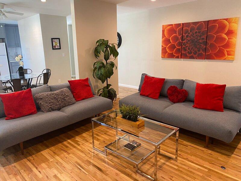 Modern LA House, vacation rental in Culver City