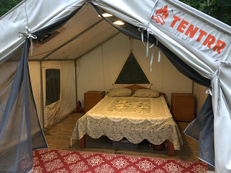 Tentrr Signature Site - Hillside Camp, holiday rental in South Newfane