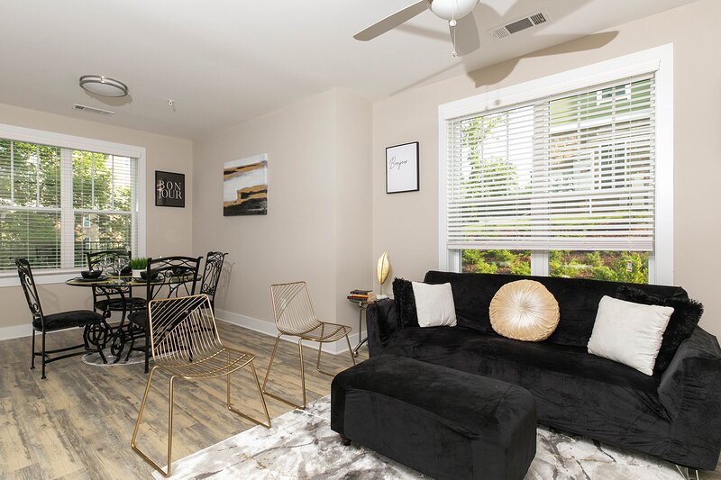 The Golden Suites, holiday rental in Wake Forest