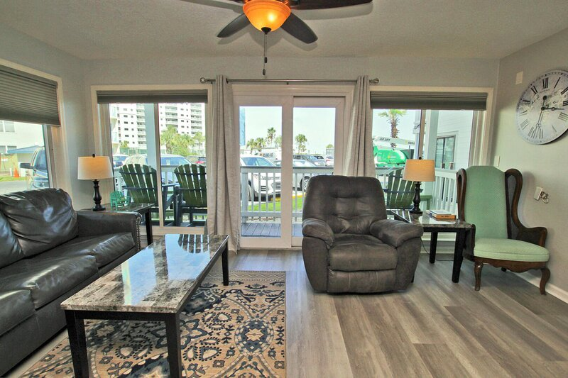 Gulf Shores Plantation 1143-Summer is Best Spent at the Beach! Book Today, holiday rental in Fort Morgan