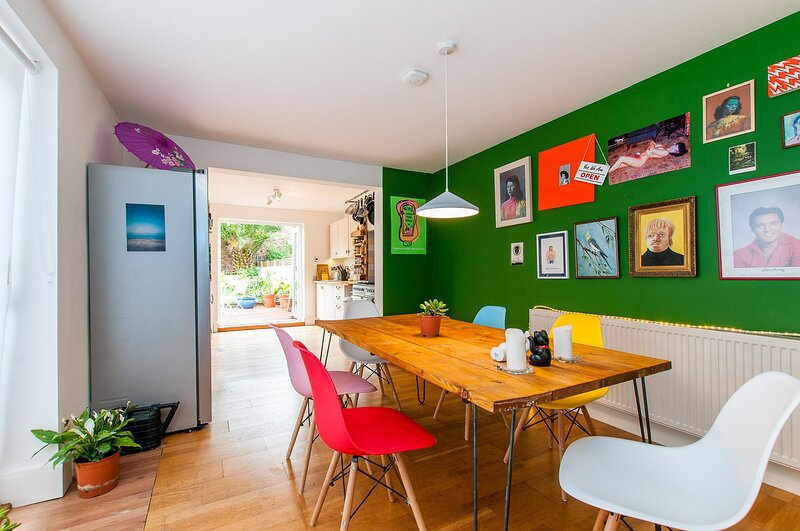 Stylish 3 Bedroom Edwardian House Close To Beach, holiday rental in Kingsgate
