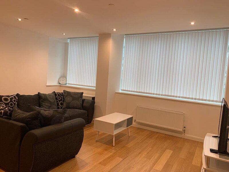 Modern 2 bed 2 bath Apartment in Central Croydon!, aluguéis de temporada em Beckenham