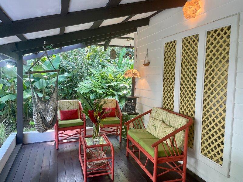 C2 Coralina Comfortable CHIC Bungalow *BEACH, AC*, alquiler de vacaciones en Punta Uva