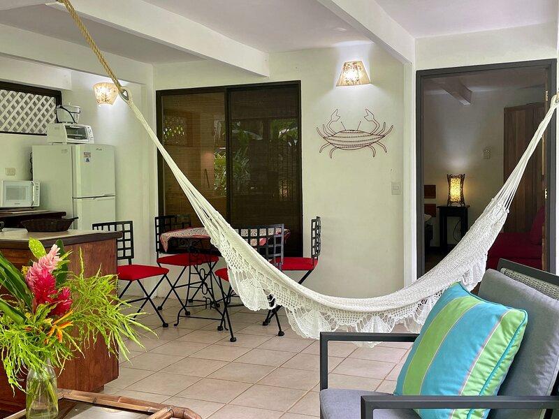C3 Coral Jungle Beach Studio with AC, vacation rental in Puerto Viejo de Talamanca
