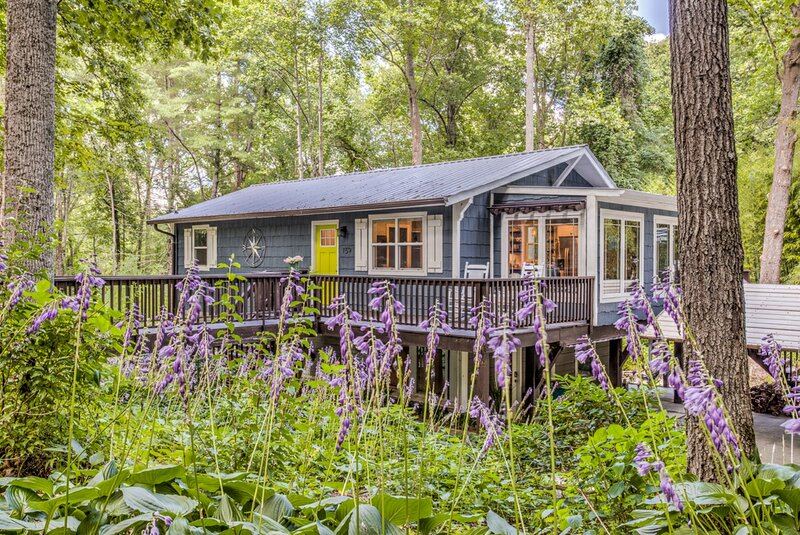 Hoopers Creek Cottage, holiday rental in Mountain Home
