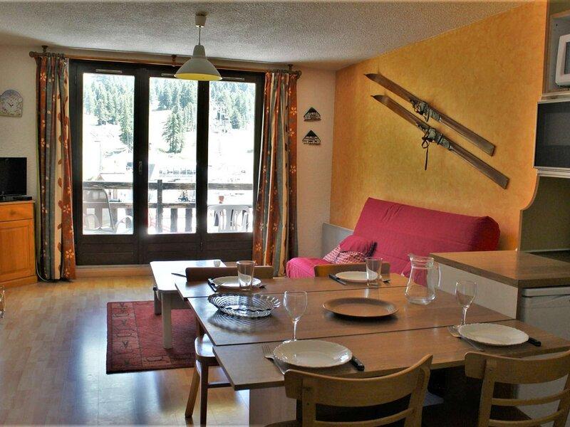 Appartement Studio coin montagne  4 couchages RISOUL 1850, aluguéis de temporada em Risoul