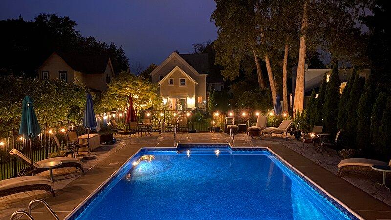 Heated Pool, Walk to Track, Town and SPA Park, alquiler de vacaciones en Ballston Spa