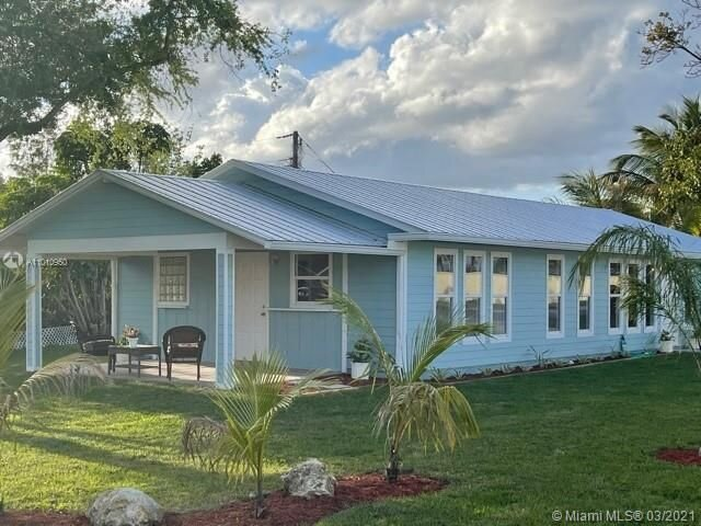 'Bohemian Paradise' a 3 Bed 3 Bath, Tranquil Oasis, holiday rental in Hobe Sound